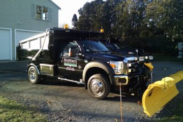 Commercial/Condo Snowplowing and Sanding